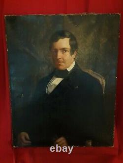 Portrait Ancien d'homme en habit, huile sur toile, école française XIX ème s